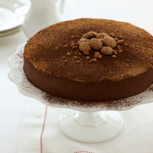 happy-the-famous-chocolate-truffle-torte