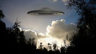 ufo-1784349_1280.jpg