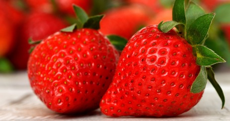 strawberries-3089148_1920