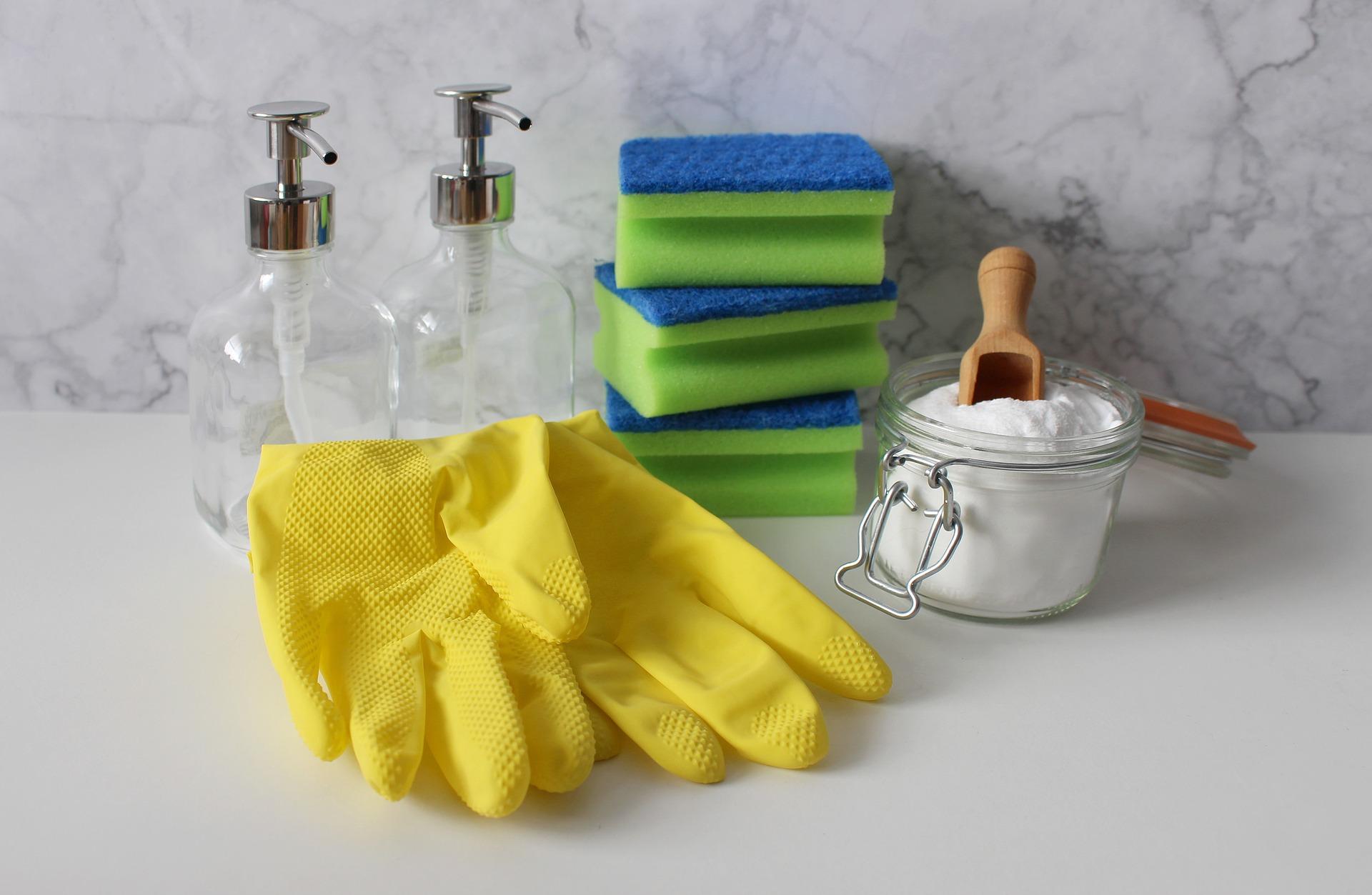 gloves-4017614_1920